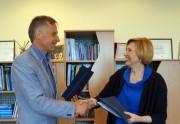 Verslo vadybos fakultete pasirašyta bendradarbiavimo sutartis su Lietuvos kokybės vadybos ir inovacijų asociacija